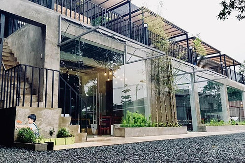 Containers by Eco Hotel Tagaytay (1 Night)