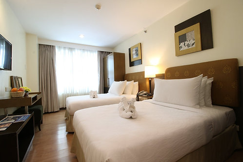 One Tagaytay Place Suites (1 Night)