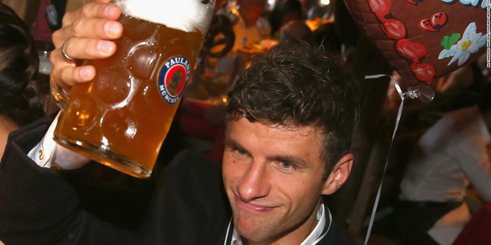 Bundesliga's Back: Bayern v Schalke + Steins