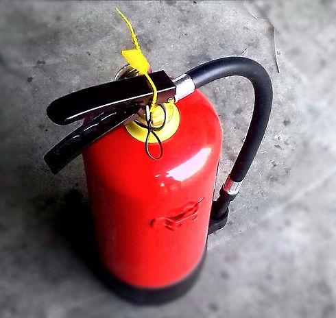 fire-fighting-302586_1920.jpg