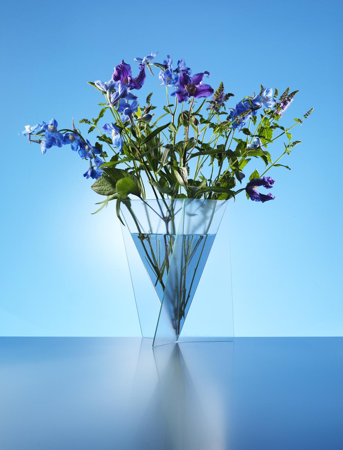 Delta Vase
