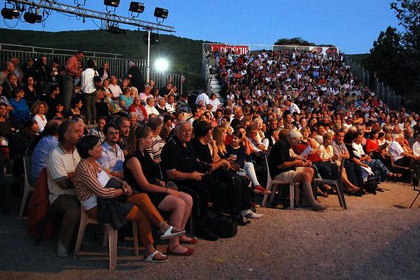 Le Public du Festival ds Châteaux de Brunquel www.bruniqueloff.com