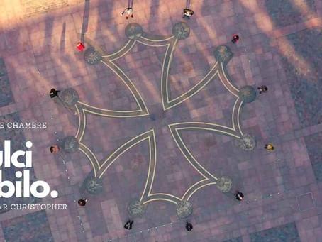 Le Tombeau de Clémence Isaure, une œuvre vidéographique et musicale tournée Place du Capitole (TLSE)