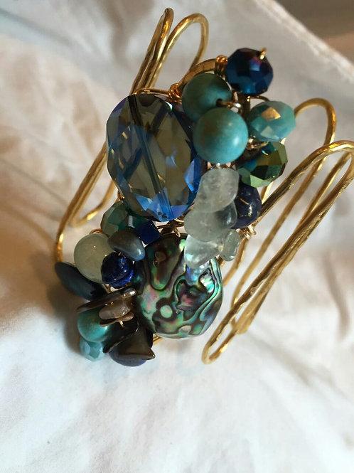 ZIG ZAG Cod. B-022: Menta y Azul Marino. Abalone, turquesa, agatas y cristales.