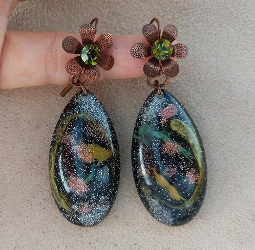 Mid-Century Modern Long Oval Black, Pink & Green Sparkle Lucite Pierced Earrings