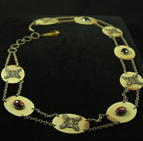Very Unusual Early 1900's Women's Chain Belt with Plastic Medallions