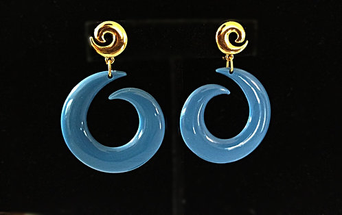 Vintage Periwinkle Blue Plastic Abstract Hoop Clip-on Earrings