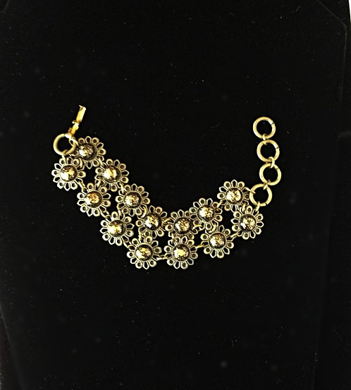 1960's Double Row Chain Flower Bracelet in Antique Brass & Thermoplastic