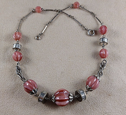 1920's Art Deco Dusty Rose Glass Beaded Necklace in Silver