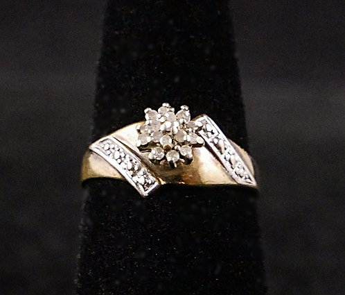 10K Antique & White Gold Ring with a Cluster of 16 Petite Diamonds, Size 6.25