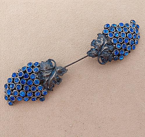1920's Art Deco Dull Gray & Vivid Blue Glass Cloche Pin in Grape Cluster Design