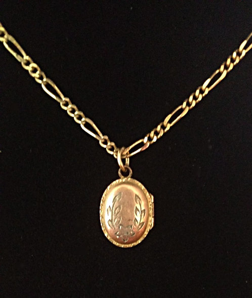 Baby Gold Plated Antique Oval Locket with Wreath Etching