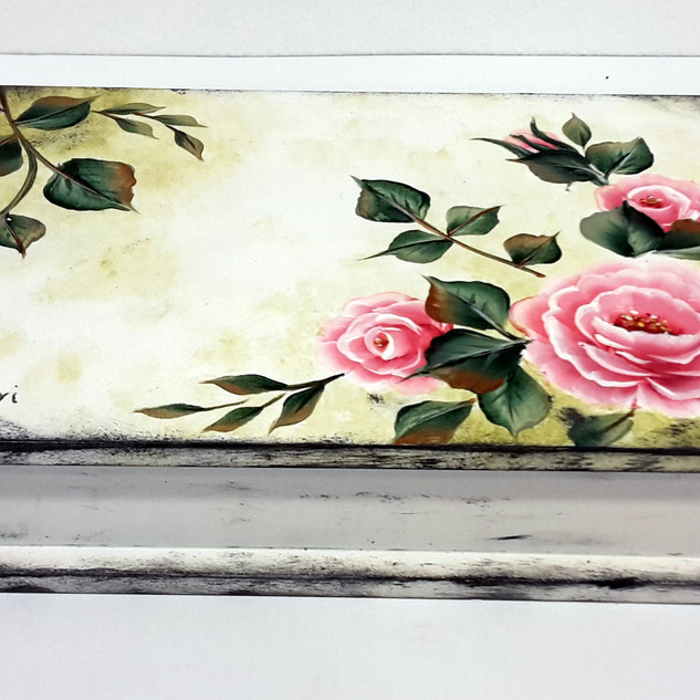 Rózsás doboz