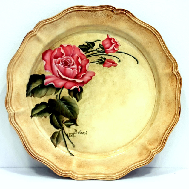 Rózsás tányér Genesis