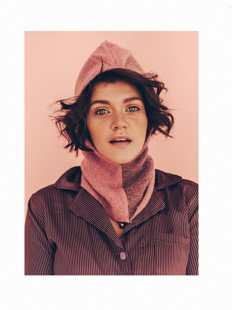 Портрет Саши Рябиной в фотостудии