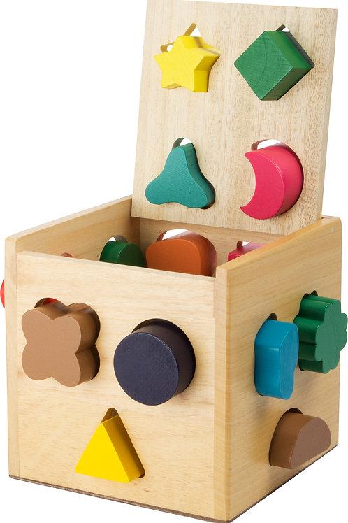 cube à formes, jouets montessori, jouet en bois, jouets en bois, jouets de léa, jouet montessori