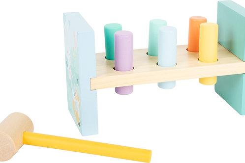 jouet à marteler, jouet en bois, jouets en bois, jouets de léa, jouets montessori