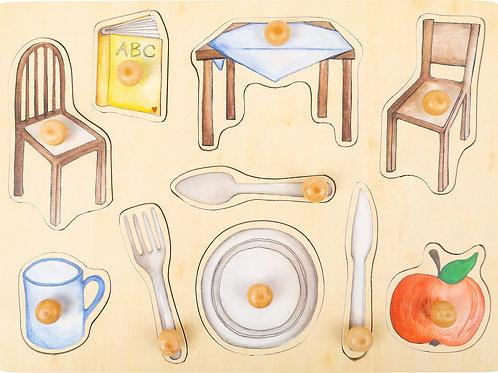 puzzle bouton, pièces à poser, objets du quotidien, jouets en bois, jouets de léa