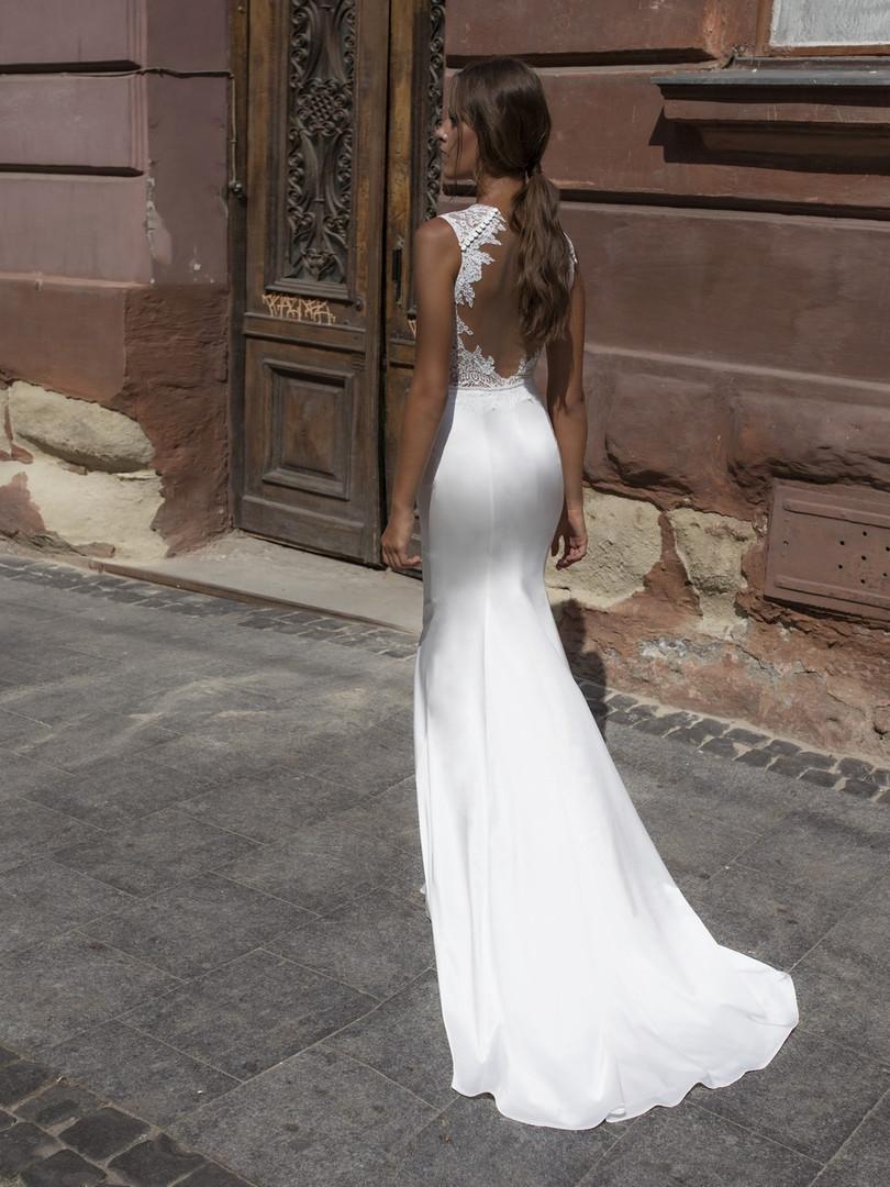 Liri's Flora Sheath Dress