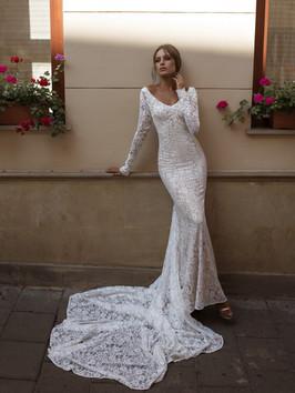 Liri's Hili Lace Mermaid Dress