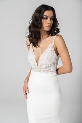 Lace Bodice Sleek Gown by Cizzy Bridal Australia