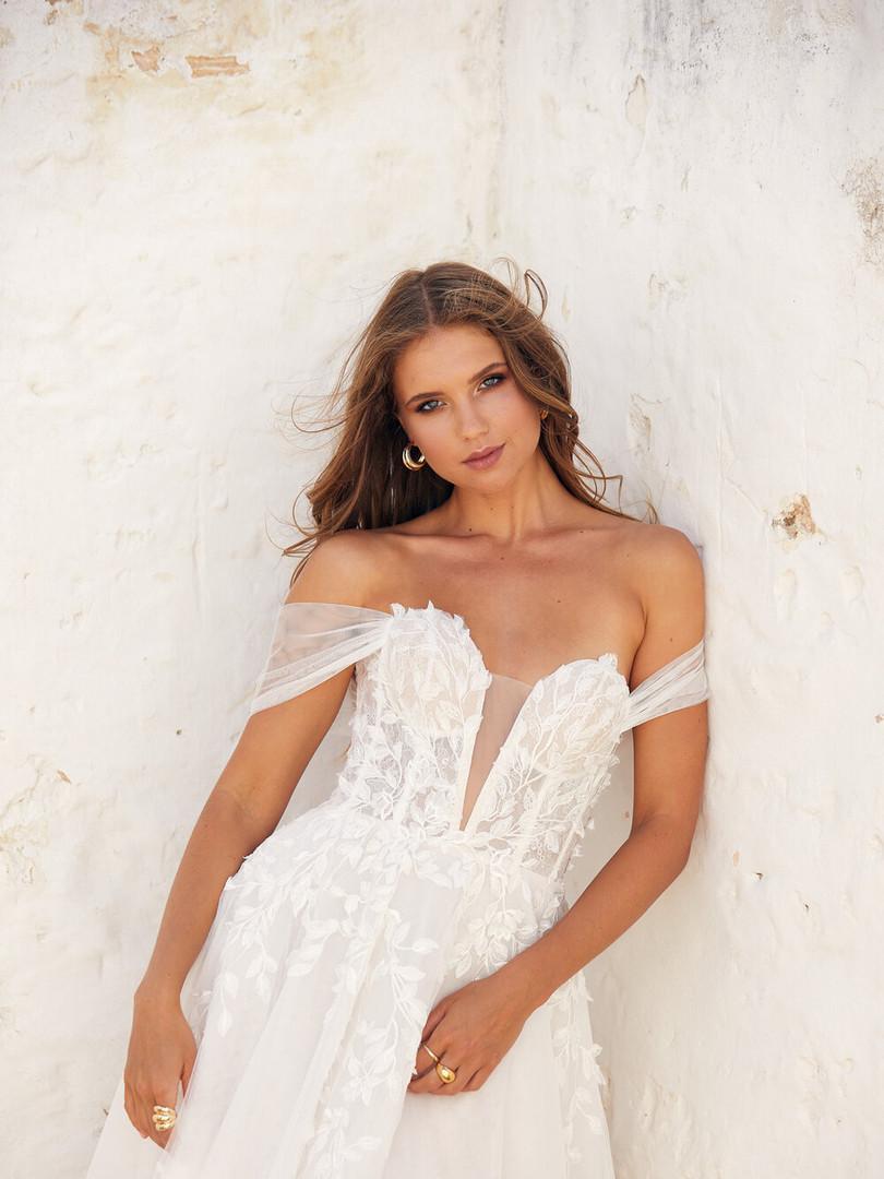 White April Leaf Applique Tulle Dress