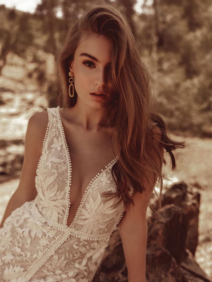 White April Slit Wedding Dress