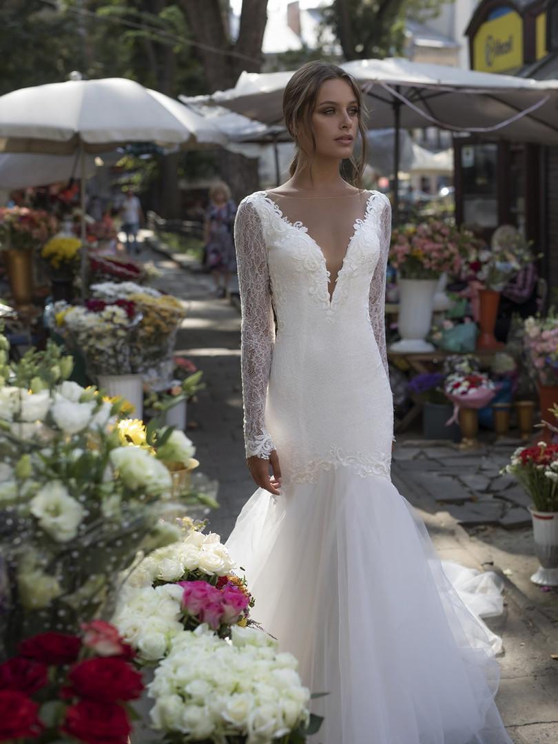 Liri's Libby Long Sleeve Mermaid Wedding Dress