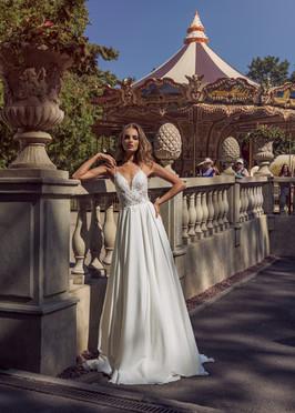 Liri Bridal by Riki Dalal Aubree Wedding Dress