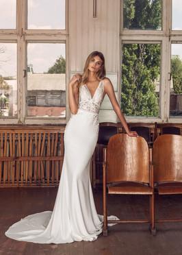 Liri Bridal Destiny Crepe Mermaid Wedding Gown