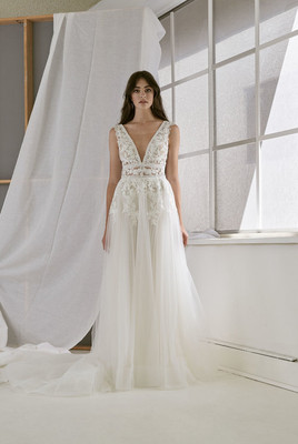 Cizzy Bridal ALine Applique Gown