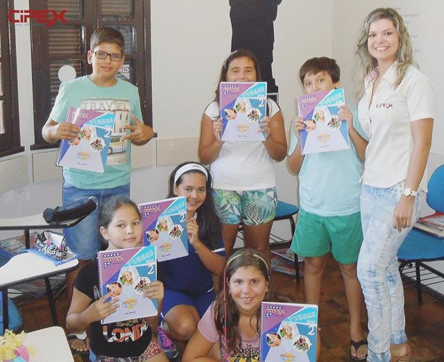 Material exclusivo projetado para trabalhar o Inglês com pré-adolescentes nas idades entre 9 a 12 an