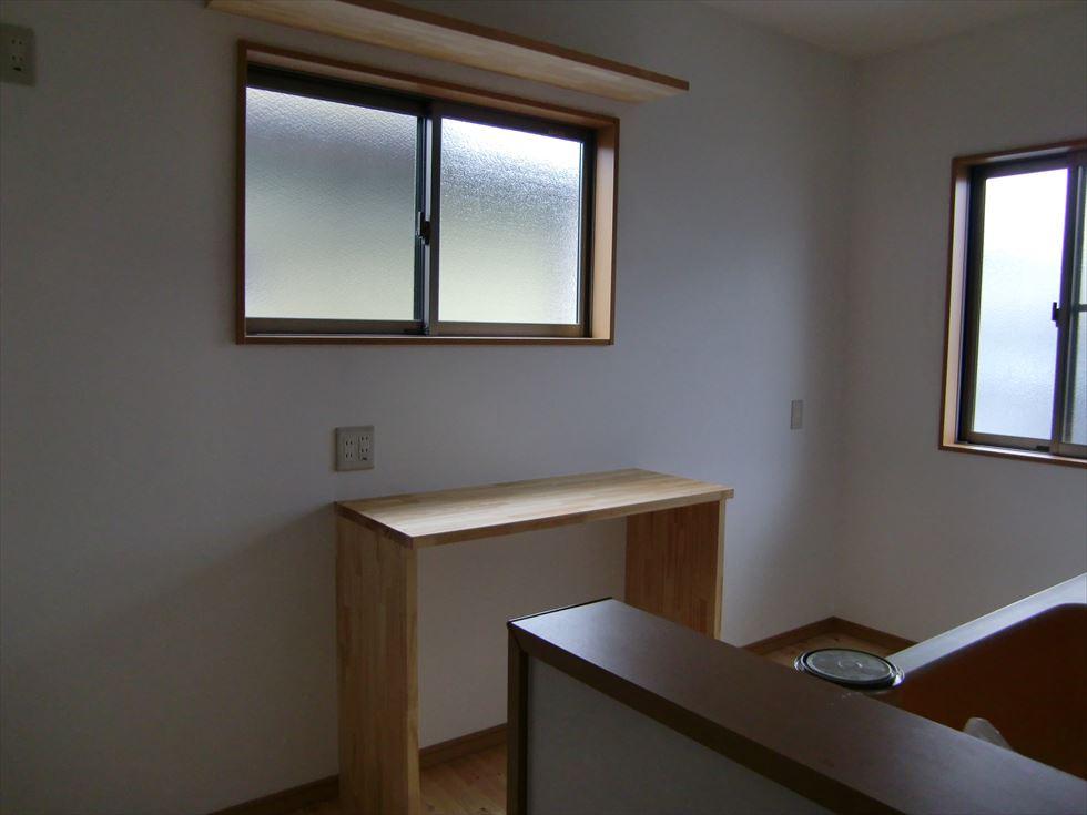 05-room05.jpg