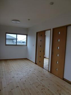 05-room19.jpg