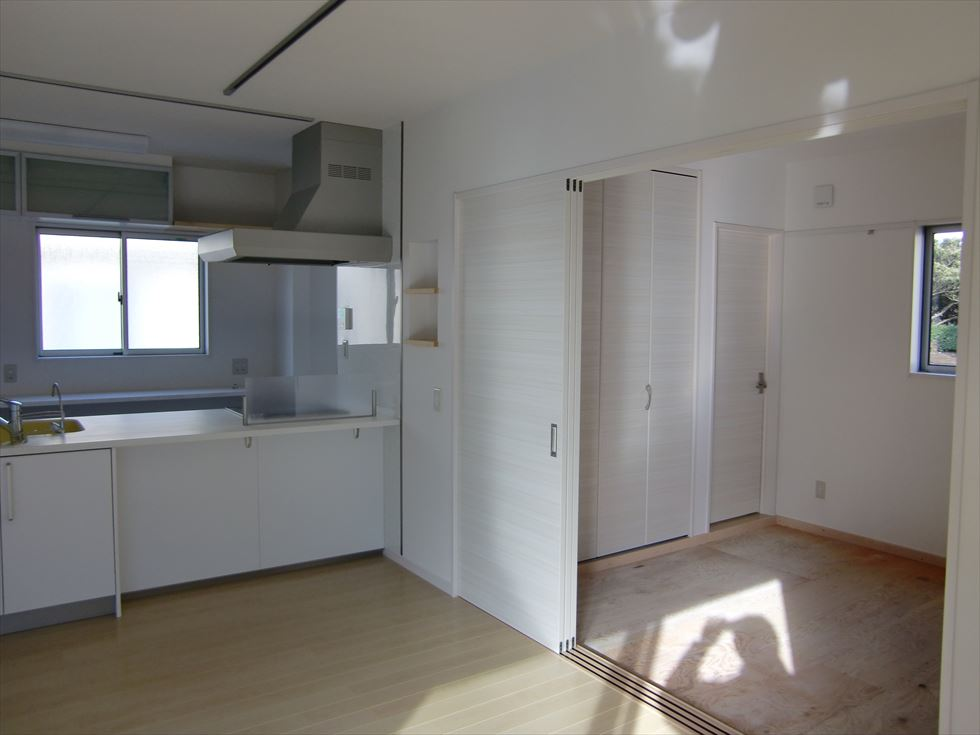 03-room10.jpg