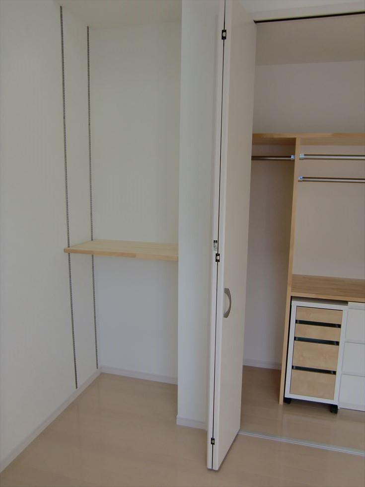 03-room23.jpg