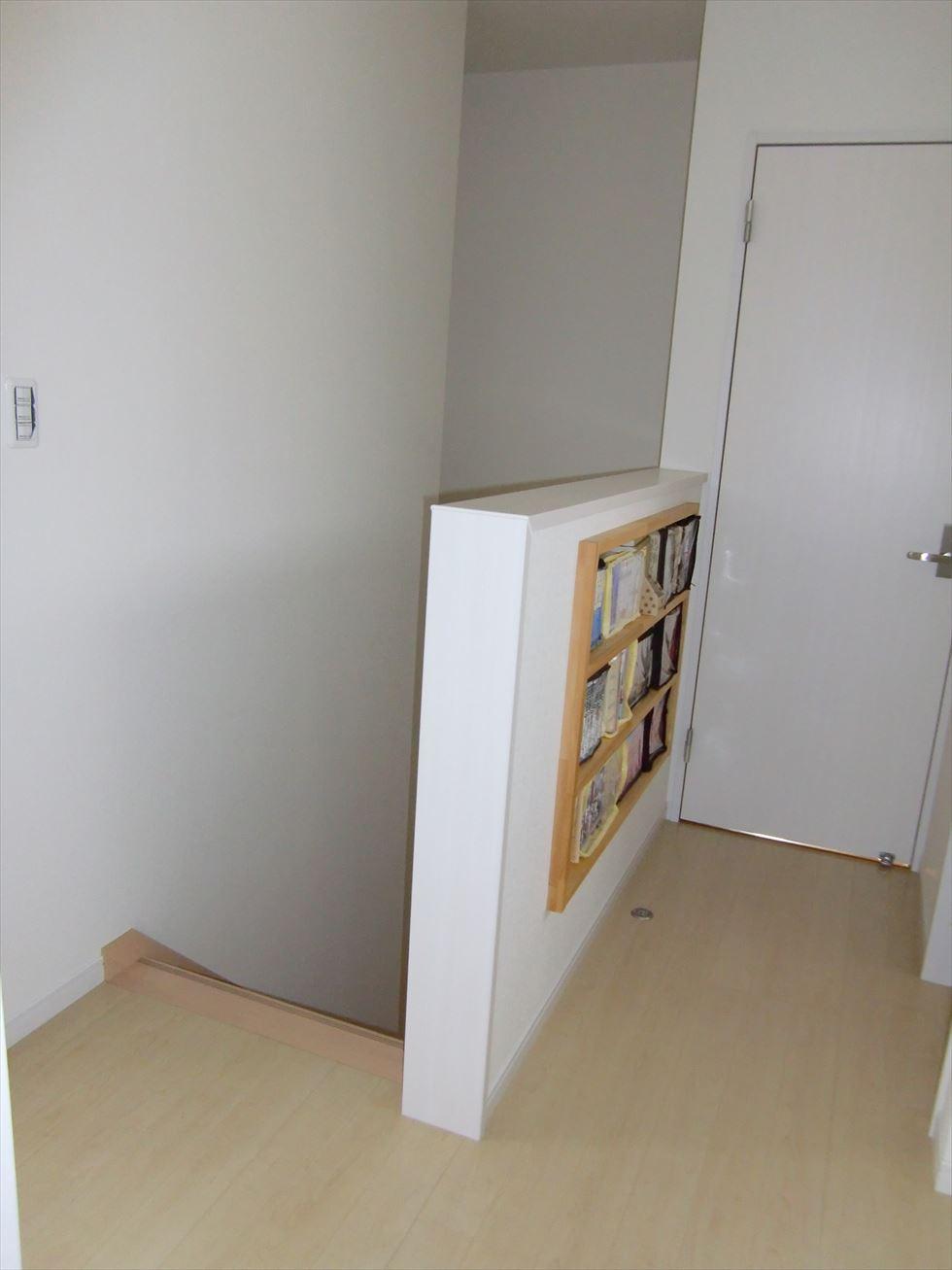 03-room42.jpg