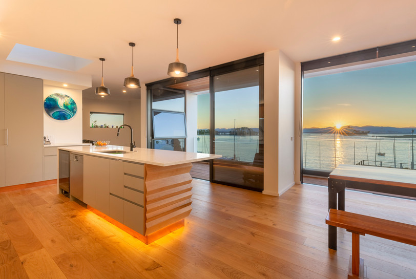 Stunning kitchen.