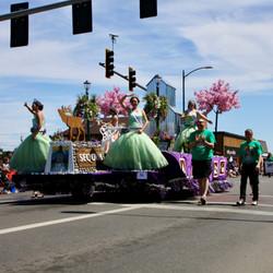 Float princesses
