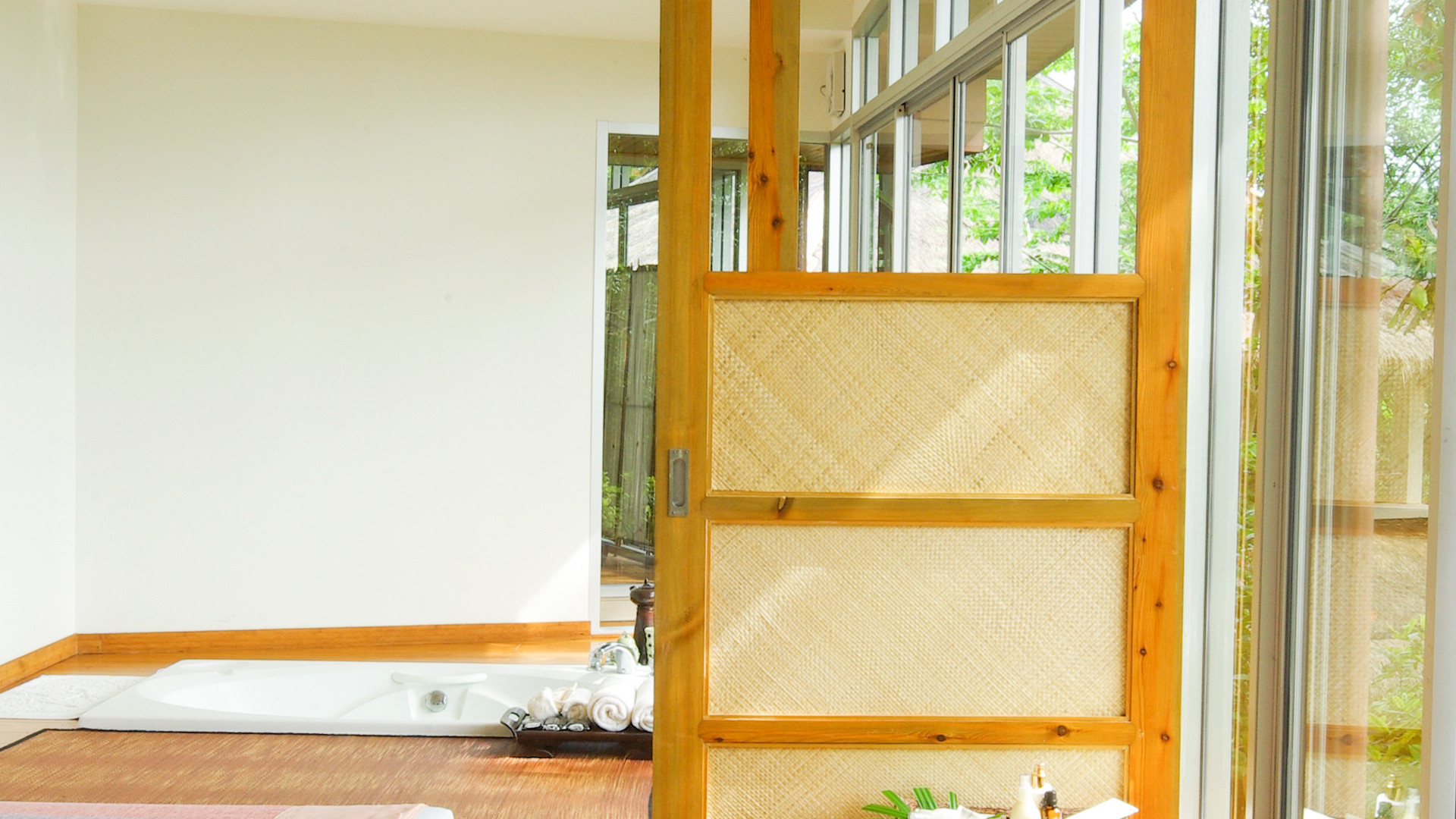 spa-open-nature-room_HDGgTOkdhfx.jpg
