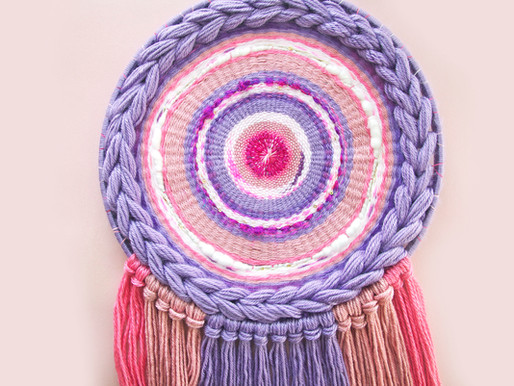 Fiber Art // Dream Weaving with Pinks and Purples