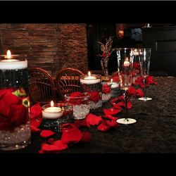 head table red & black