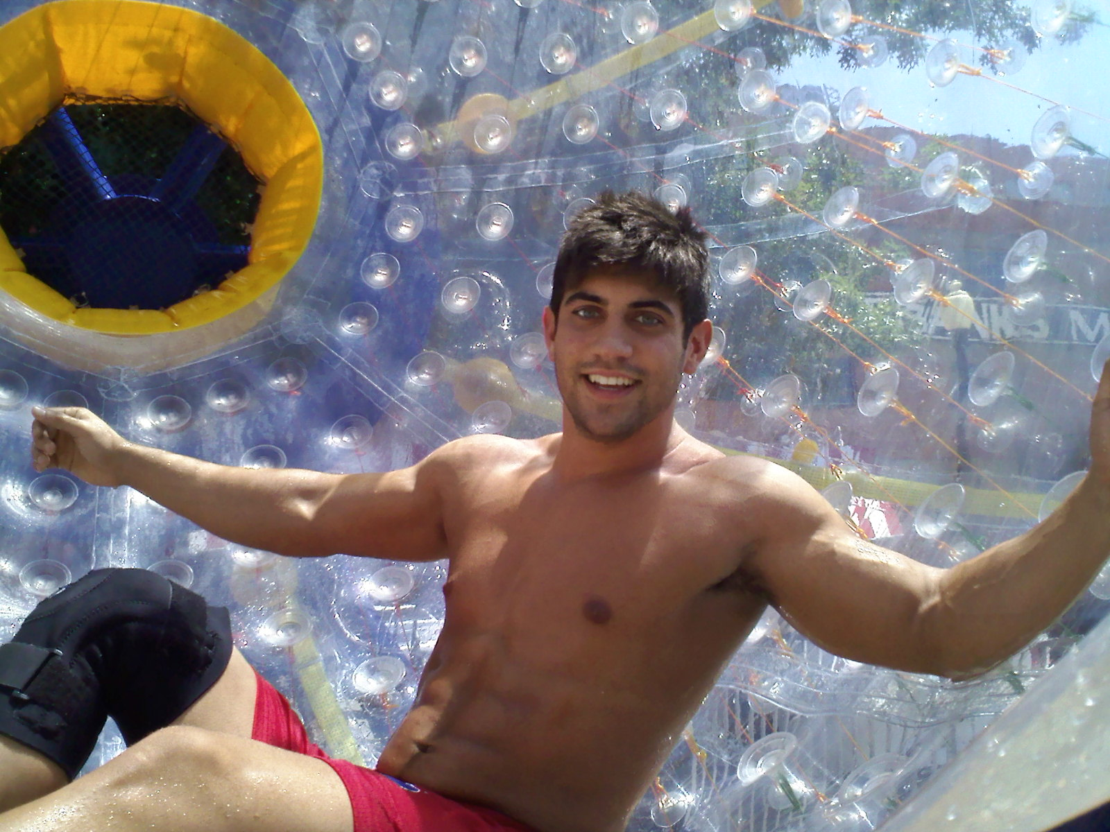 Hot Muscle Guy on the Fishpipe