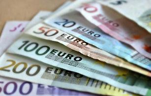 euros&.JPG