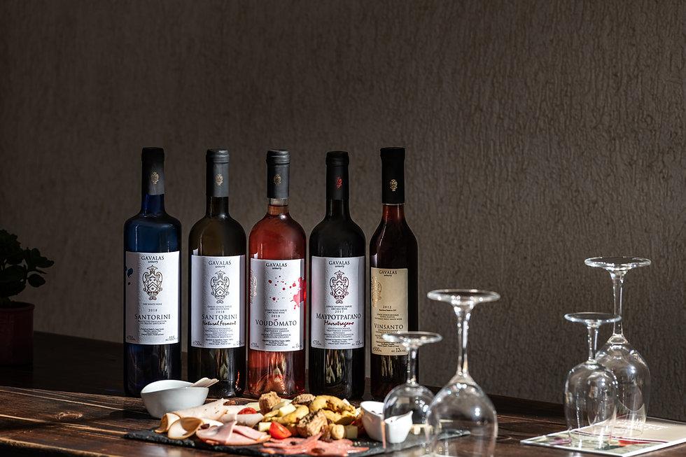 wine tasting santorini