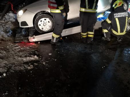 Verkehrsunfall / Fahrzeugbergung am 10. Jänner 2021