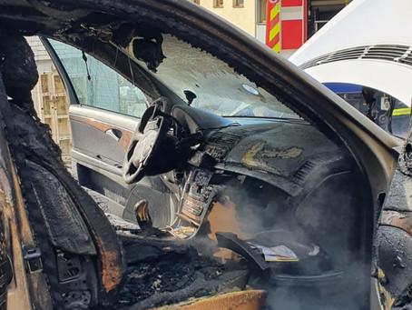Fahrzeug fing Feuer