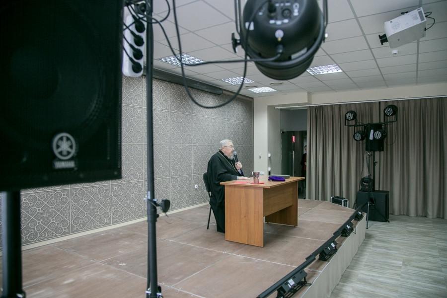 Лекция «Церковь и общество в современном мире»