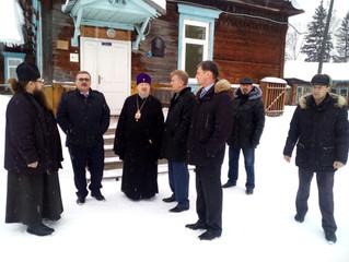 Митрополит Пантелеимон ознакомился с процессом возведения нового храма в посёлке Большая Мурта