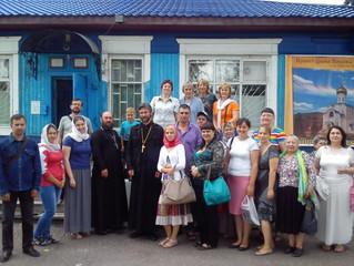 Народный хор под руководством отца Максима Золотухина посетил Бархатово